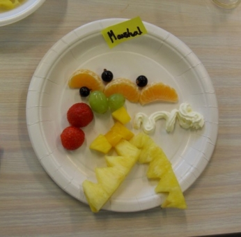 Smiley Fruit Plates
